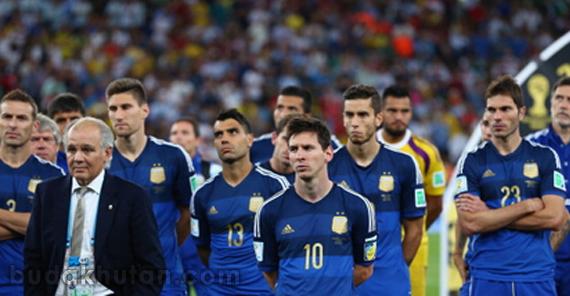 crying argentina